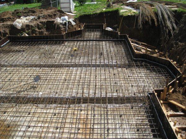 Армирование фундамента цокольного этажа