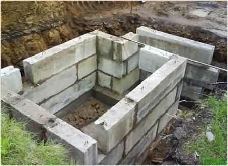 Блочные стены для погреба