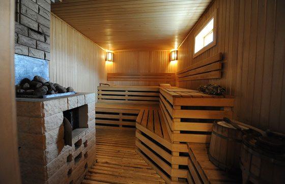 Фото бани в цокольном этаже