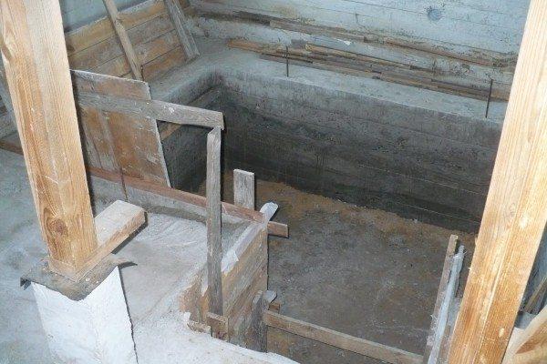 Изготовление литых стен в готовом гараже