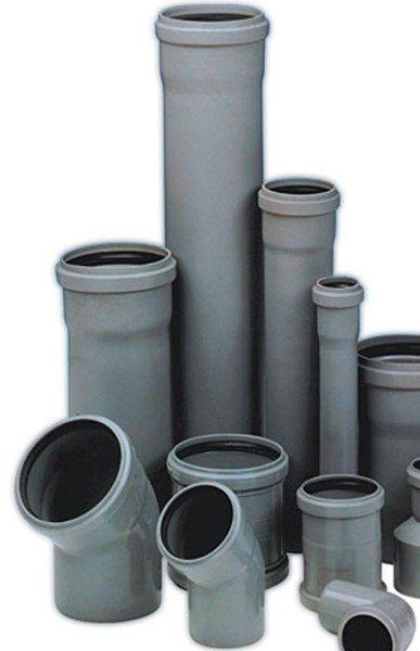 Канализационные трубы и фитинги прекрасно подойдут для прокладки вентиляции.