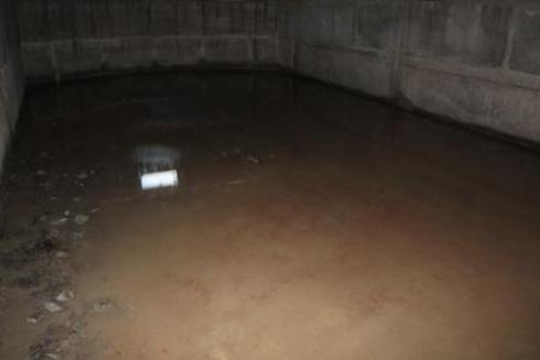 Любительское фото погреба затопленного водой