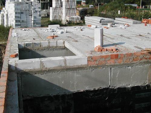 Монтаж перекрытий на цокольном этаже