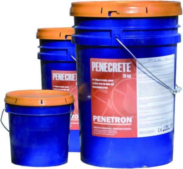 На фото - Пенекрит, сухая смесь для гидроизоляции швов.