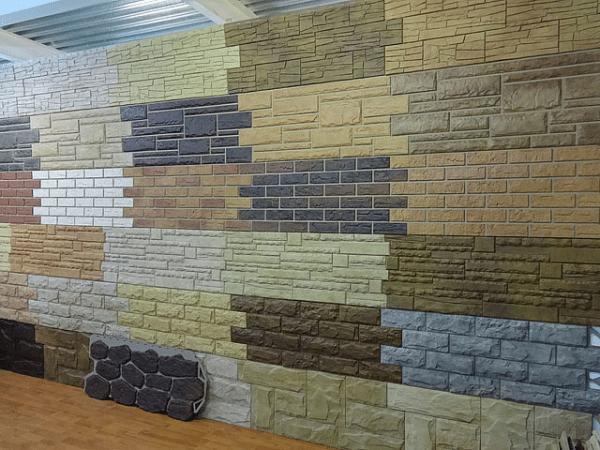 Панели имитируют практически все виды популярных фасадных строительных материалов.