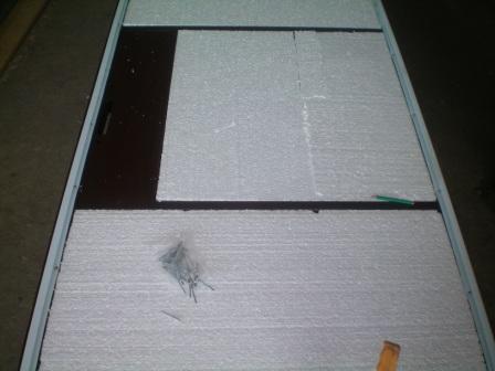 Пенопласт к двери можно просто приклеить