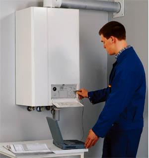 Подключение и пуск оборудования производят рабочие с соответствующим допуском.
