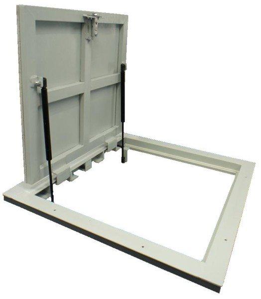 Стальной люк для погреба фабричного изготовления.