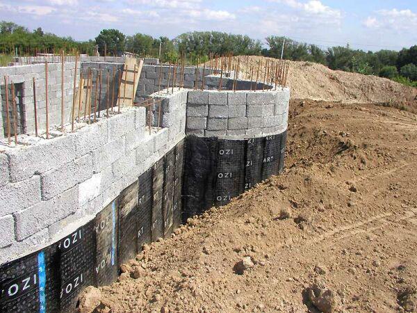 Строим цокольный этаж своими руками из доступных материалов