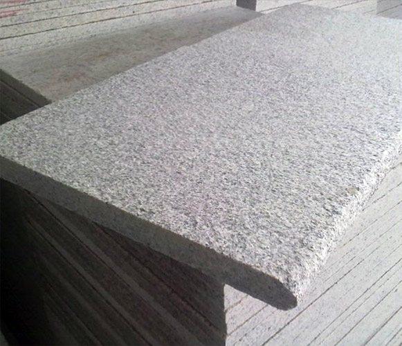 Термообработанные плиты для цоколя