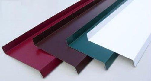 Цокольные отливы в цветовом ассортименте