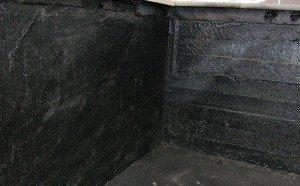 Внутренняя гидроизоляция стен и полов подвальных помещений с использованием рубероида и битума